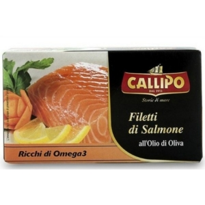 Salmon fillets in olive oil